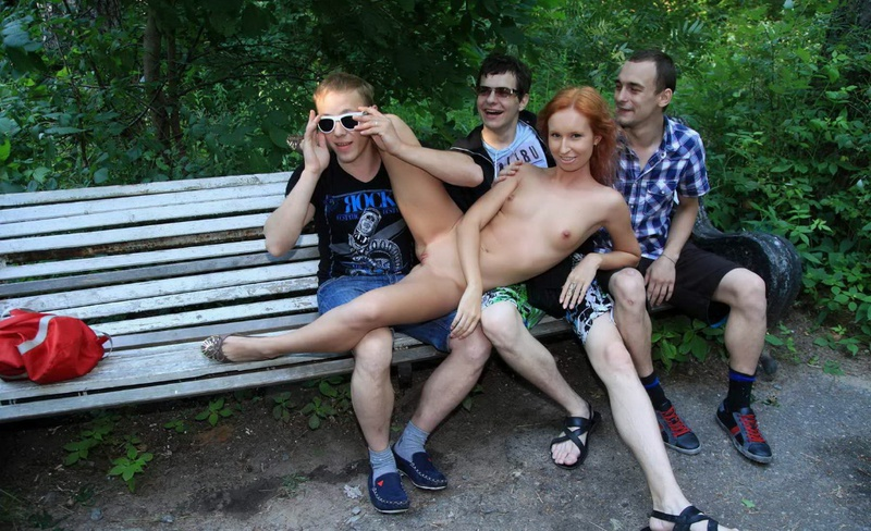 русские девушки знакомятся с парнями видео