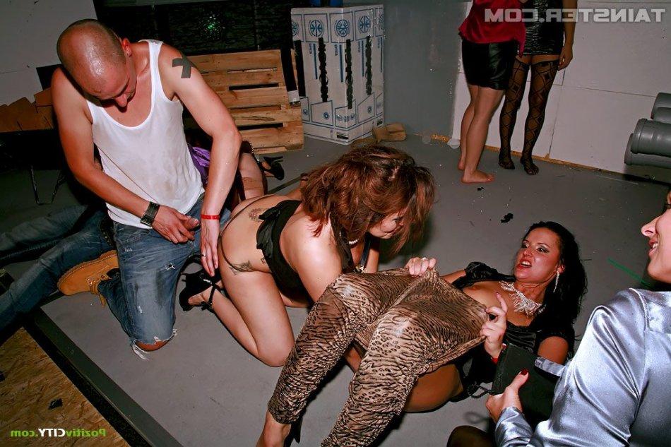 Минет и секс на вечеринке фото фото 600-538