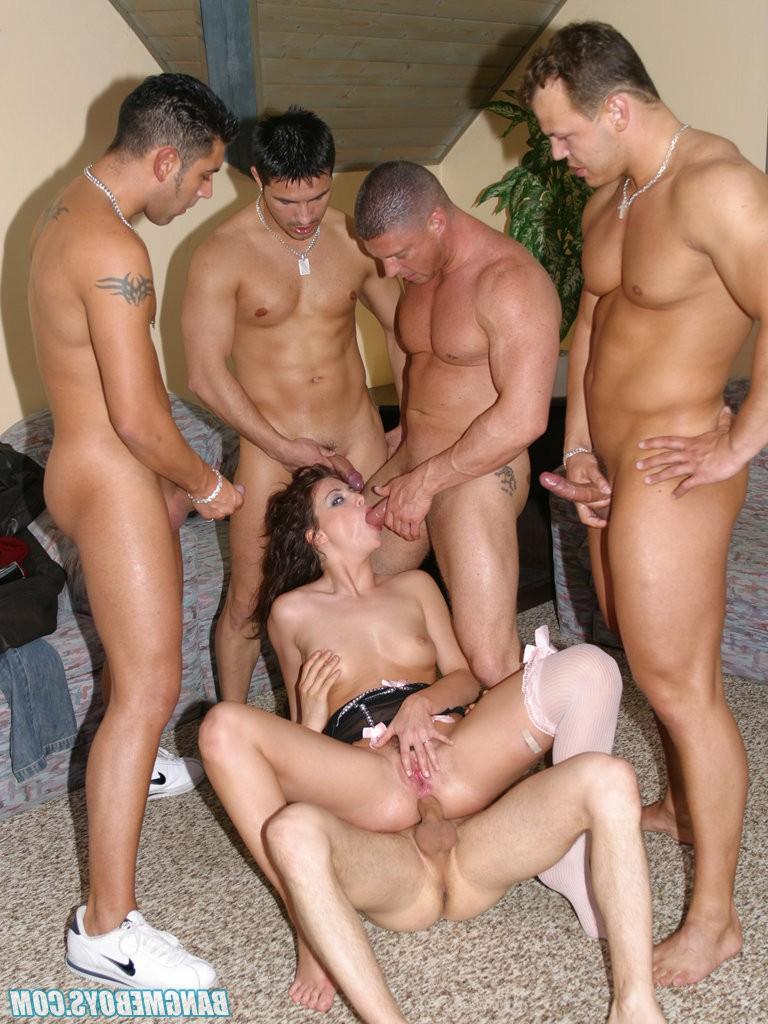 Секс С Несколькими Мужчинами