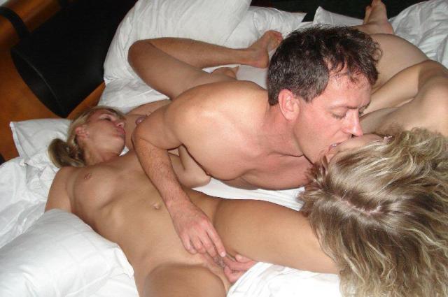 Частное фото свингерского секса с русскими девушками