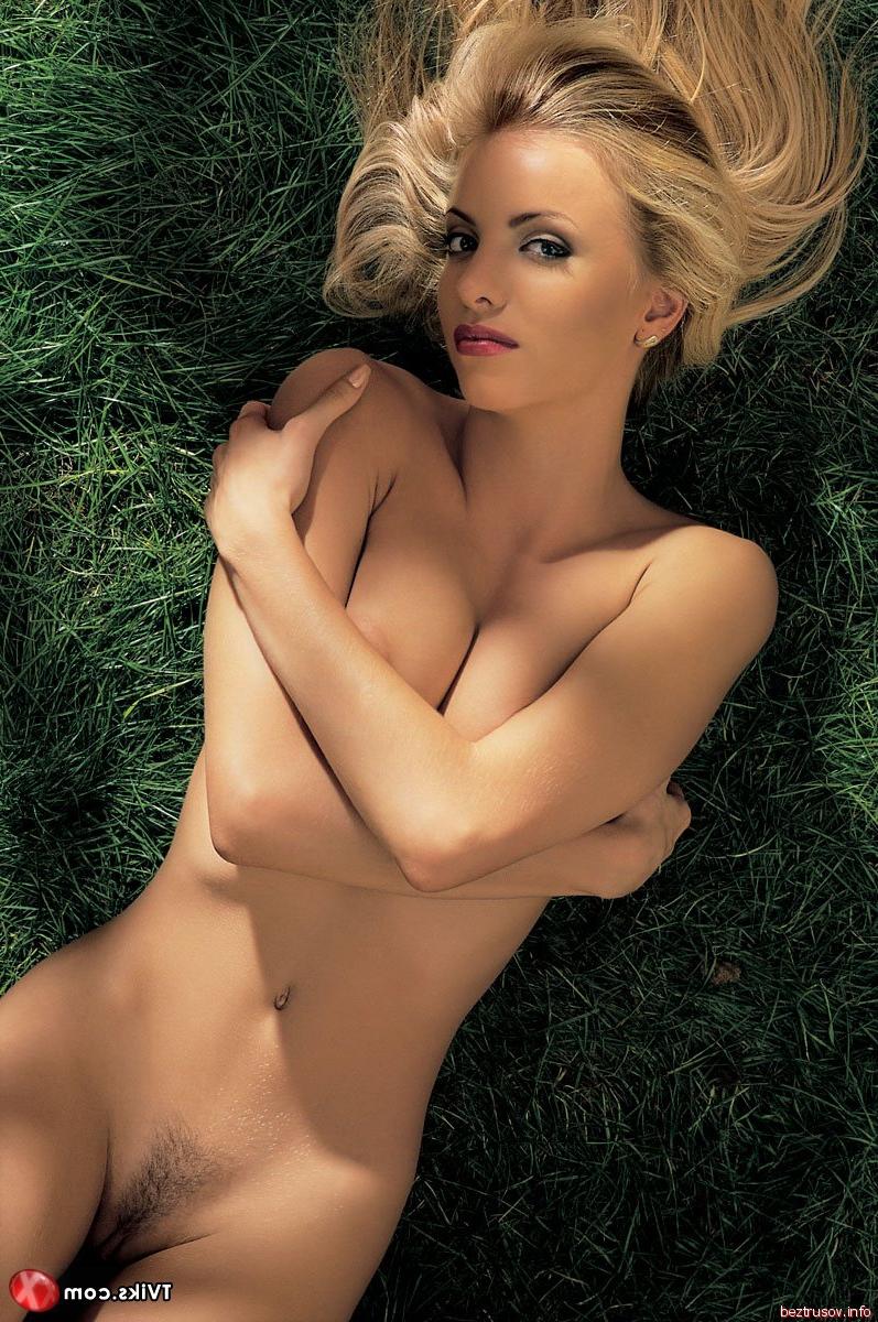 Частное фото красивой голой блондинки b tt gbpls