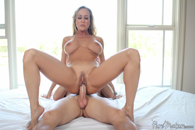 Секси тетя с большими сиськами