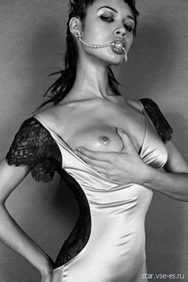 Голая русская знаменитость Ольга Куриленко с силиконовой грудью