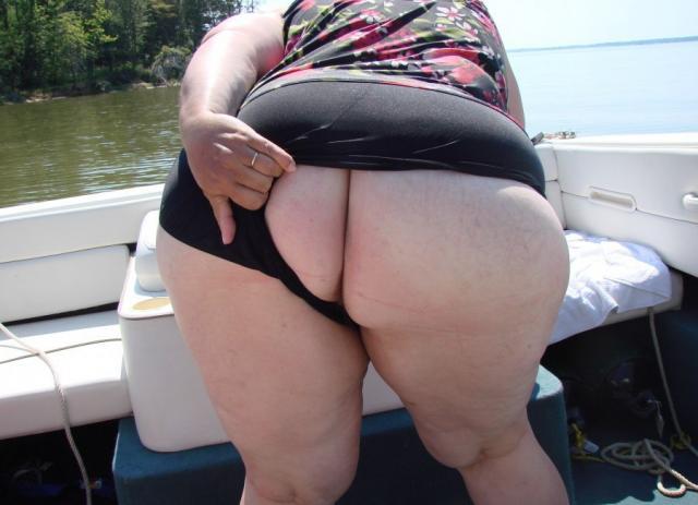 Развратные толстухи с огромными дойками и гладкими письками на фото