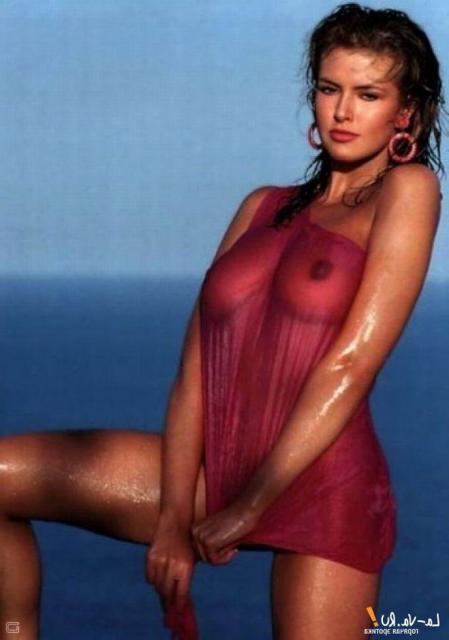 Сексуальные позы мокрых от страсти девушек в эротическом белье