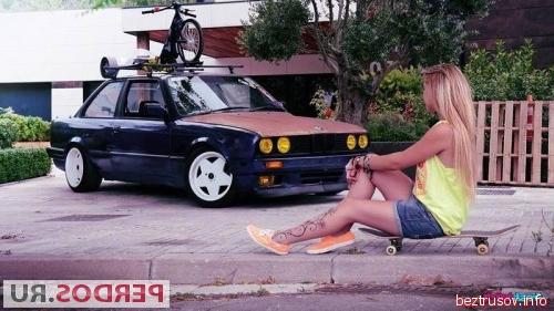 Зрелую тетку с лохматой пиздой жарко порят в авто