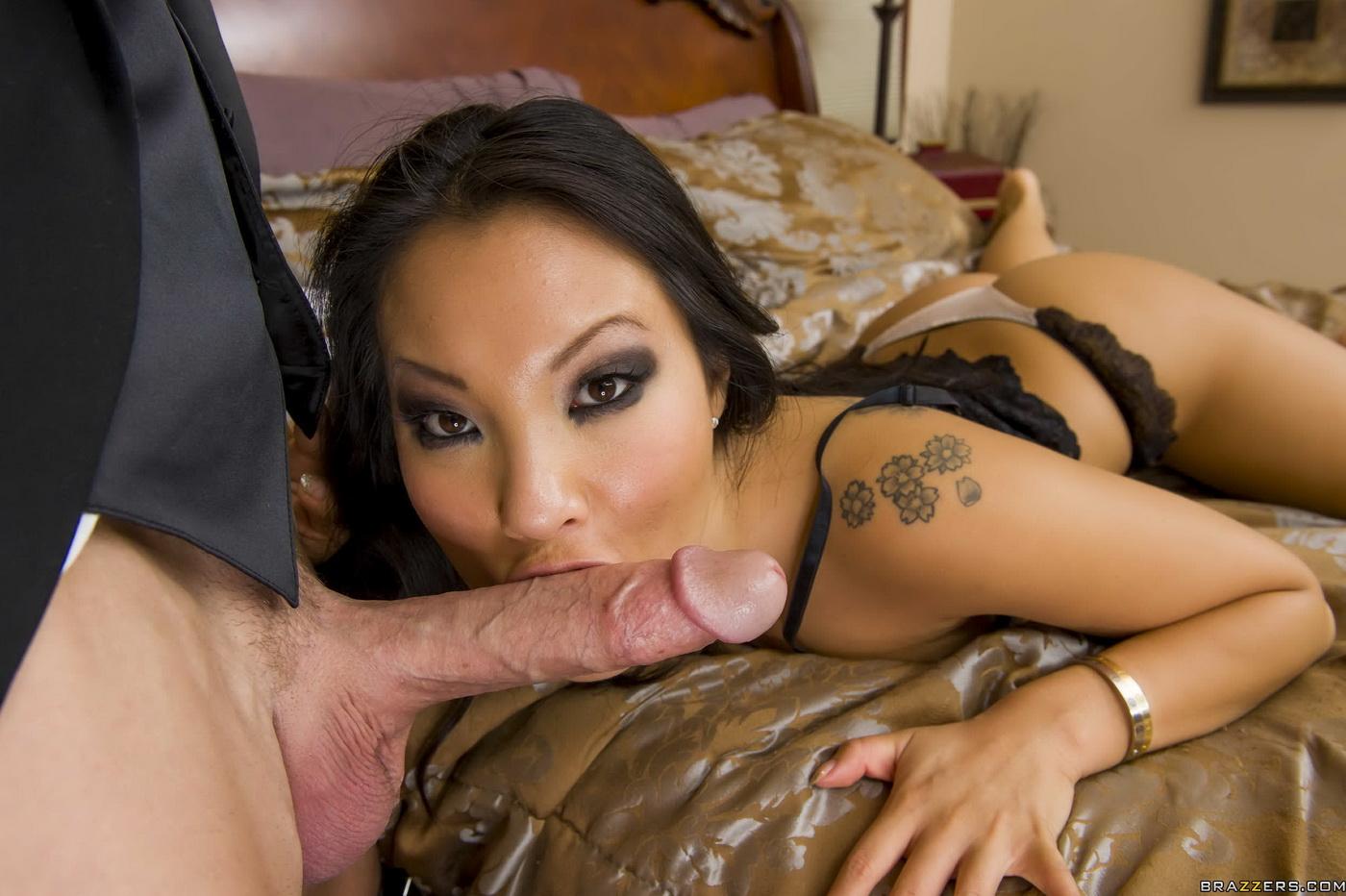 Длинноволосая китаянка ебется фото 585-503