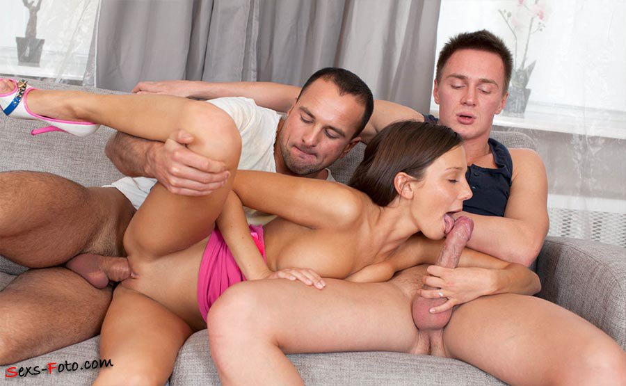 Порно фото в троем бесплатно