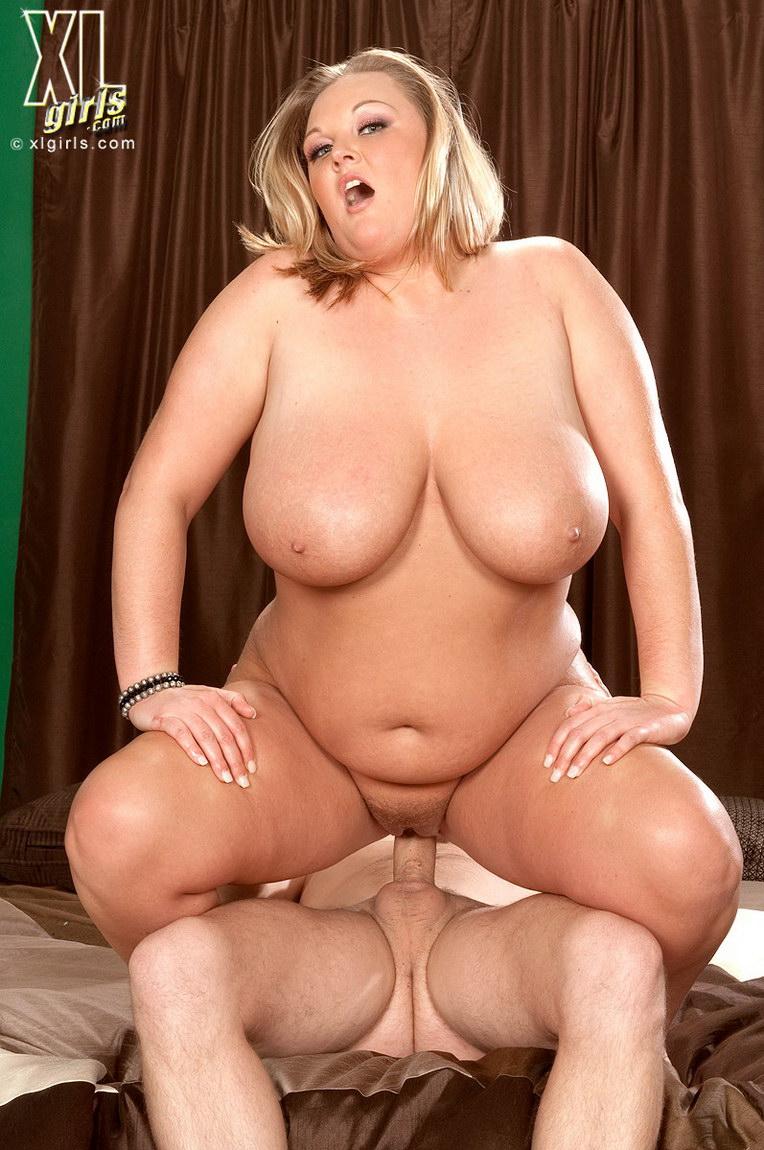 Порно без регистрации толстенькие шлюшки блондинки